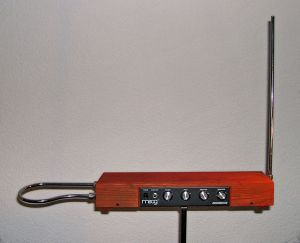 740px-Etherwave_Theremin_Kit