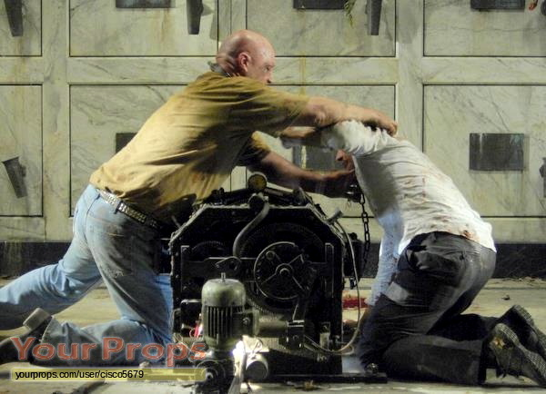 Saw-IV-Trevor-Kevin-Rushton-Bloody-Jeans-Worn-In-Mausoleum-Trap-2