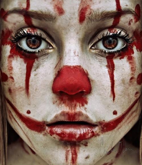 bloody-scary-clown-girl-creepy-funny