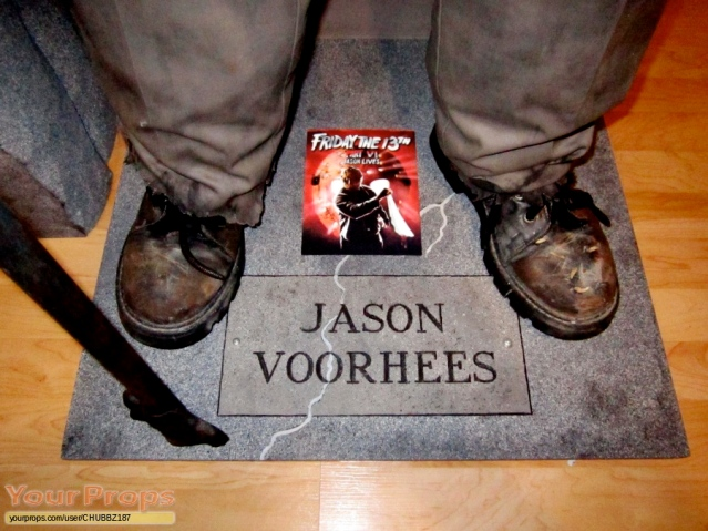 Friday-the-13th-Part-6-Jason-Lives-LIFE-SIZE-JASON-VOORHEES-REPLICA-2